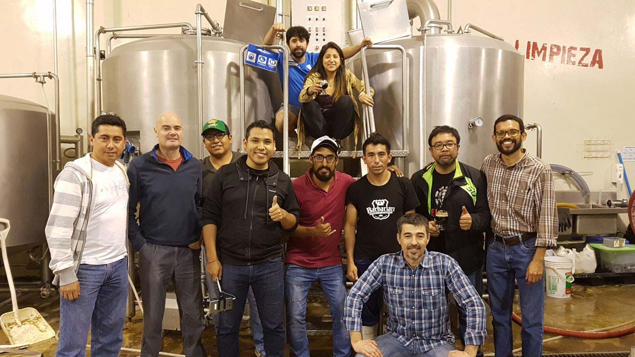 Entrevista a Raúl Tejerina, coordinador de los Cursos de Especialización en Cervezas Artesanas y Microcervecerías de la Universidad de Alicante – Loopulo