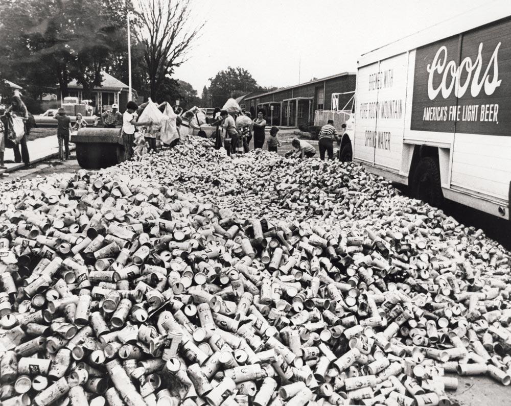 La lata de aluminio reciclable de Bill Coors cumple 60 años – Loopulo