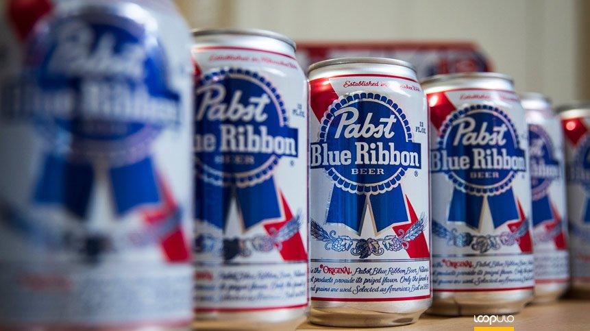 Pabst Blue Ribbon lanza un gigantesco pack de 99 cervezas – Loopulo