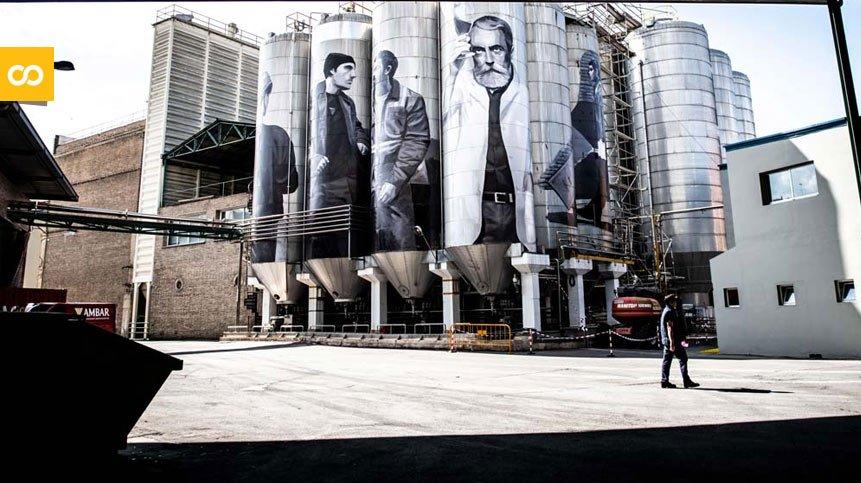 Obra artística de Miquel Wert 'Gigantes cerveceros'   Loopulo